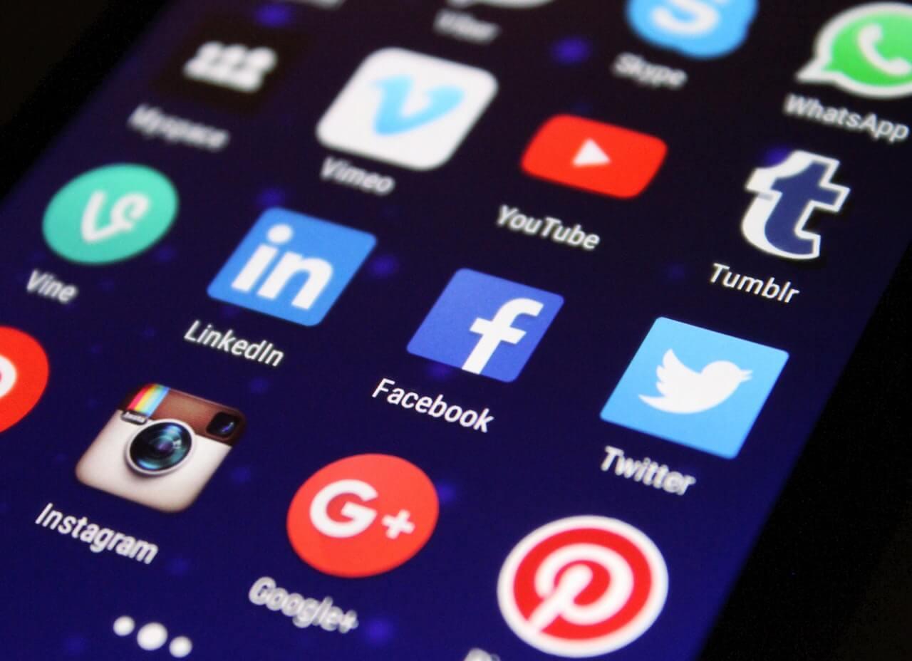 Essay On Social Media, customessayorder.com
